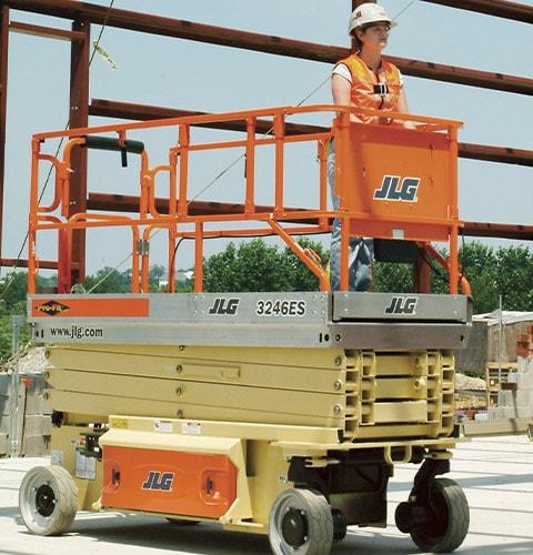 Arriendo Alza Hombre JLG 3246ES - Foto 6
